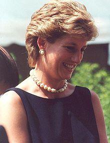 220px-Diana,_Princess_of_Wales